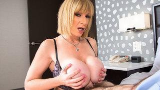 Sara Jay