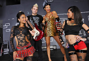 Skin Diamond, Bonnie Rotten & Johnny Sins in 2 Chicks Same Time - Sex Position 1