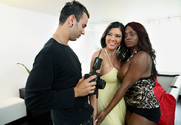 Jada Fire, Claire Dames & VooDoo in 2 Chicks Same Time - Sex Position 1