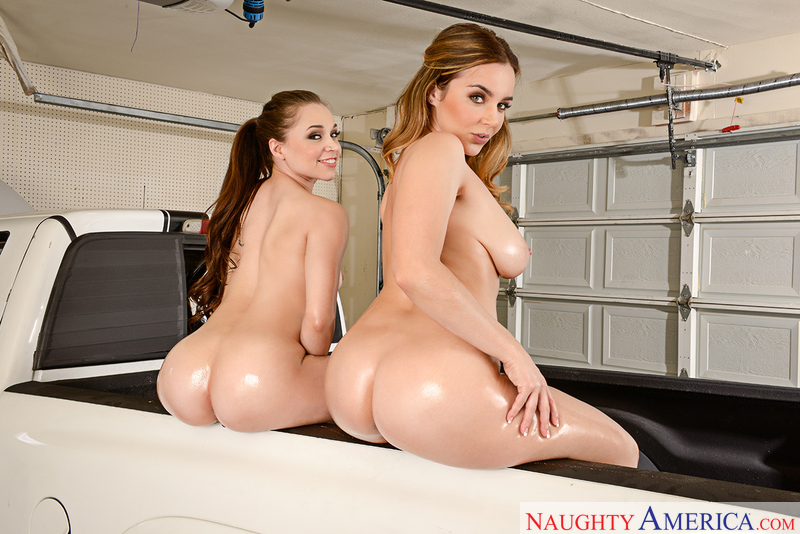 Natasha Nice, Tiff Star - 2 Chicks Same Time - Naughty America