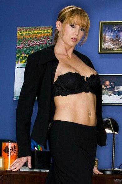 Pornstar Roxy Anne - BGG videos by Naughty America