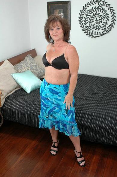 Pornstar De'Bella - Big Ass videos by Naughty America