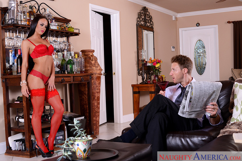 Rahyndee James & Levi Cash In I Have A Wife