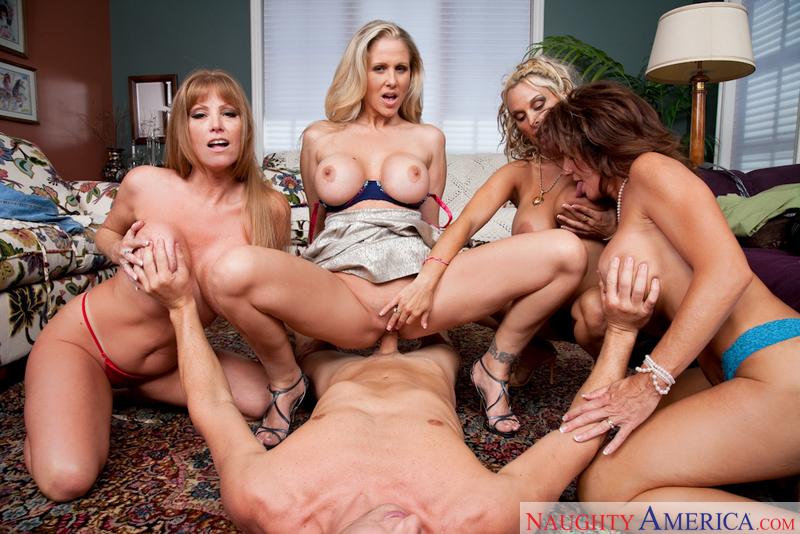Porn star Darla Crane, Deauxma, Holly Halston & Julia Ann fucking hard