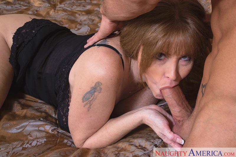 Porn star Darla Crane fucking hard