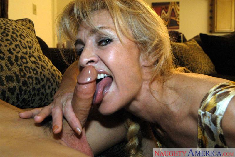 Porn star Mrs. Ivanova fucking hard