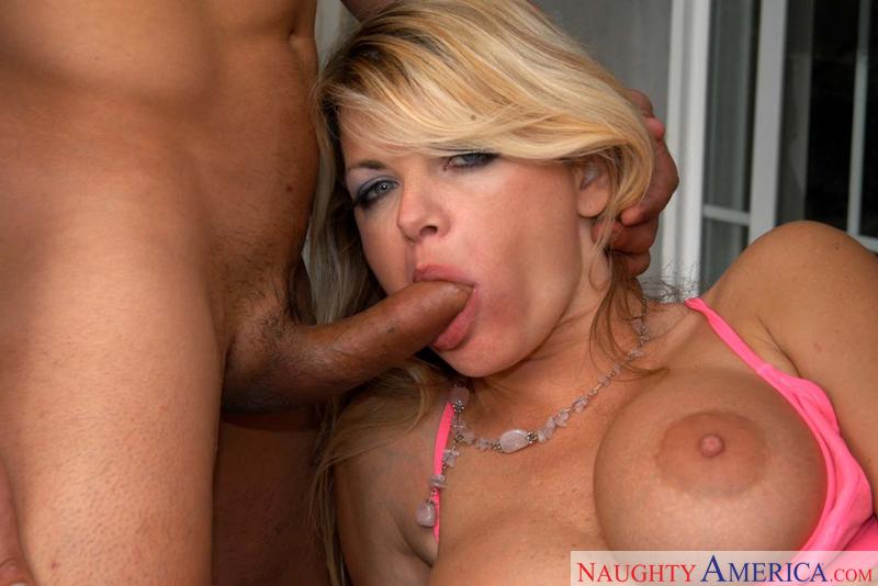 Porn star Mrs. Vette 2 fucking hard