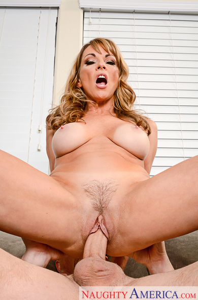 Shayla LaVeaux - My Friends Hot Mom - Naughty America