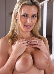 Tanya Tate & Alan Stafford in My Friends Hot Mom - Centerfold