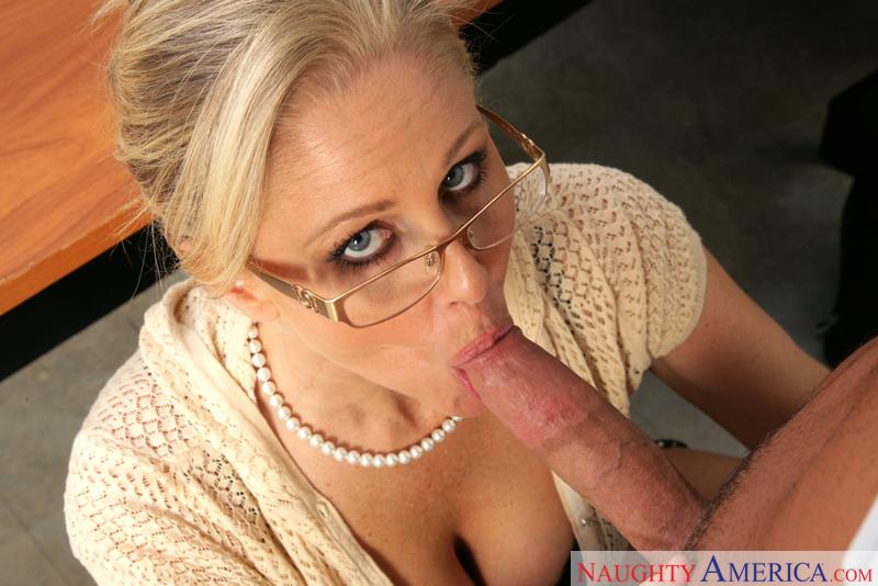 Porn star Julia Ann fucking hard