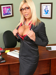 Professor Porn Video with American and Big Ass scenes