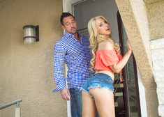 Alix Lynx & Johnny Castle in My Sisters Hot Friend - Centerfold