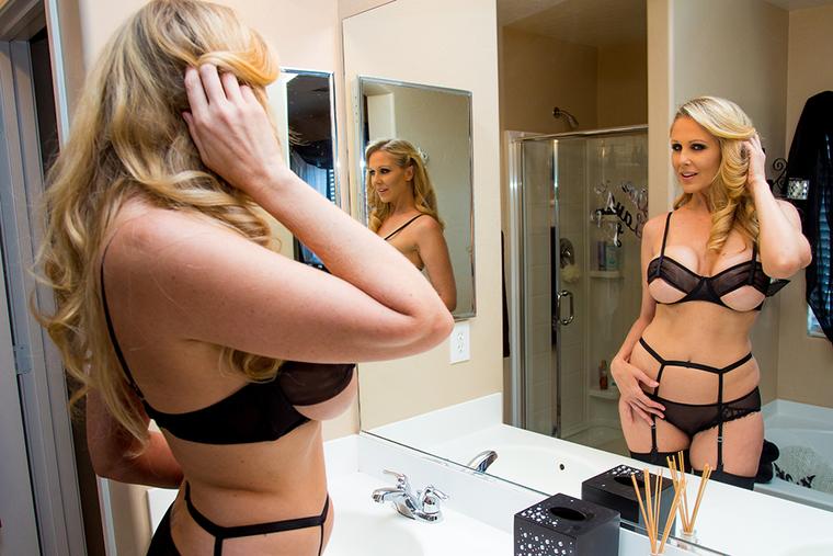 Brooke and vikki twins sexy pics