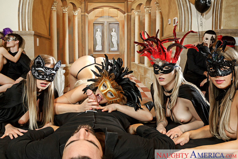 Karla Kush, Kendall Kayden, Mia Malkova & Sydney Cole - Sex Position 3