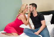 Cherie DeVille & Seth Gamble in Naughty Weddings