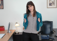 Bobbi Starr & Tony DeSergio in Naughty Office - Centerfold