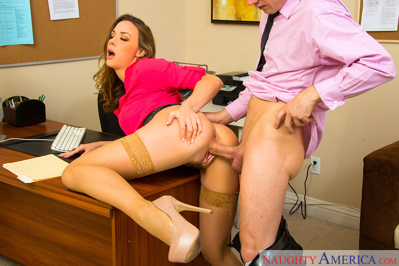 Hardcore sex in the office