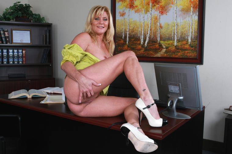 Ginger Lynn Free Porn Pics - Pichunter