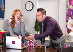 Marie McCray & Johnny Castle in Naughty Office