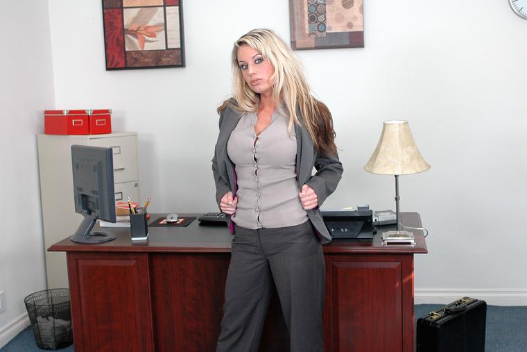 Sophie Scott Porn 54