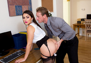 Valentina Nappi & Ryan Mclane in Naughty Office