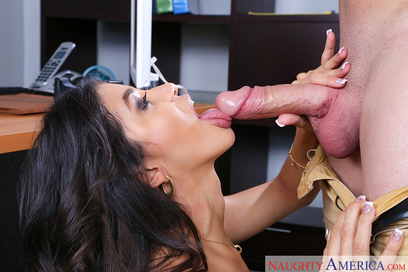 Naughtyamerica – Veronica Rodriguez & Peter Green in Naughty Office