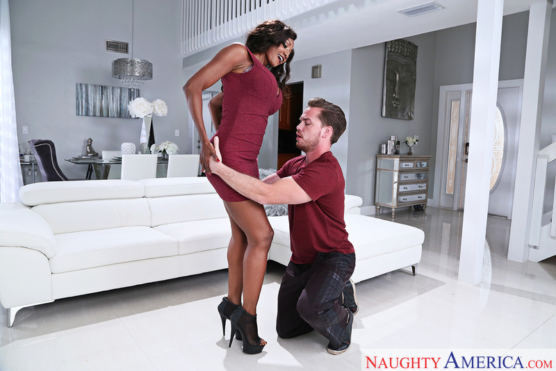 Naughtyamerica – DIAMOND JACKSON & KYLE MASON Site: Seduced By A Cougar