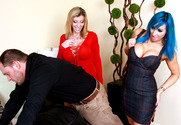 Sara Jay, Raven Black & Alec Knight in Seduced by a cougar - Sex Position 1