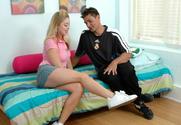 Holly Morgan & Sergio in Socal Coeds