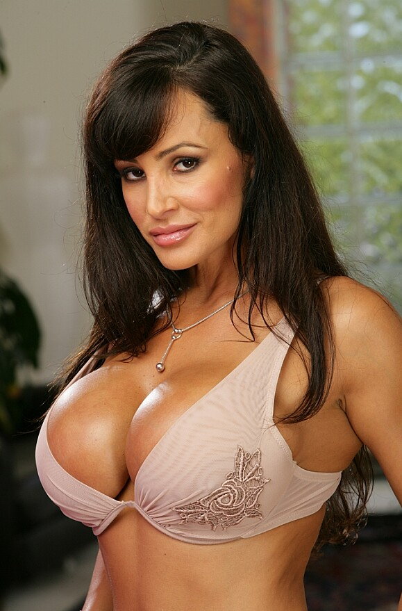 Lisa Ann - xxx pornstar in many Bad Girl & Student & Ass licking videos