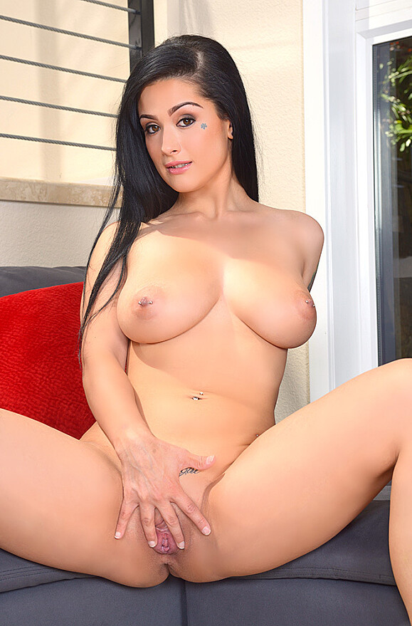 Katrina Jade - xxx pornstar in many Big Fake Tits & Swallowing & Basement videos