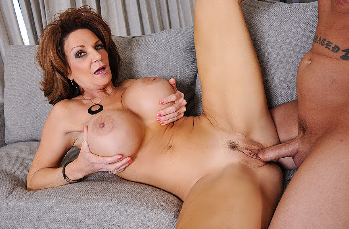Watch Deauxma and Ike Diezel 4K video in My Friend's Hot Mom