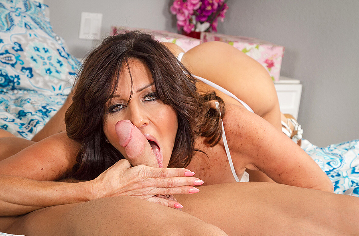 Watch Tara Holiday and Johnny Castle 4K video in My Friend's Hot Mom