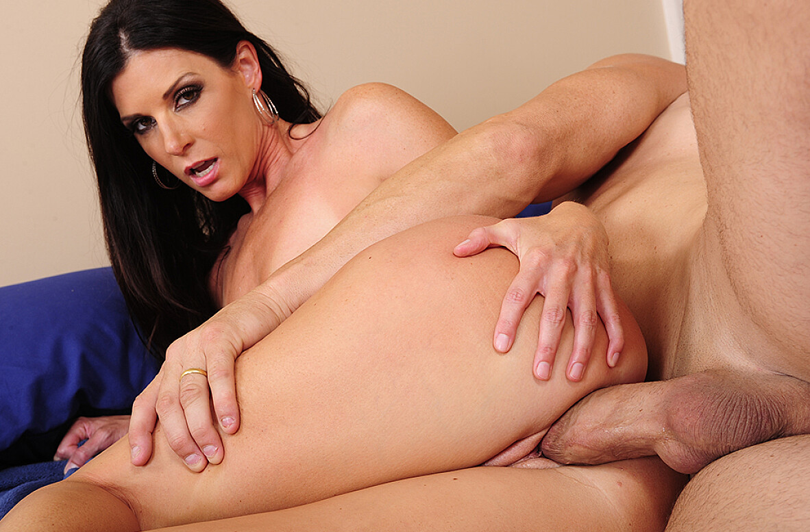 Watch India Summer and Billy Glide video in My Wife's Hot Friend