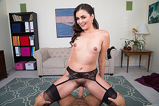 Allie Haze fucking in the couch with her hairy pussy vr porn - Sex Position 3