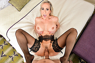 Brandi Love fucking in the chair with her lingerie vr porn - Sex Position 3