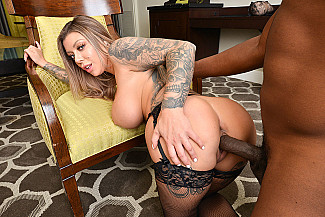 Karma Rx VR Porn Star Experience With A Big Cock - Sex Position 4