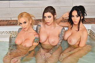 Foursome Spa day with Karma Rx, Sarah Jessie, Victoria June - Sex Position 1