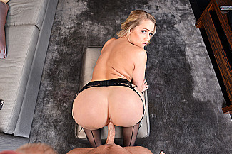 Mia Malkova fucking in the hotel with her athletic body - Sex Position 4