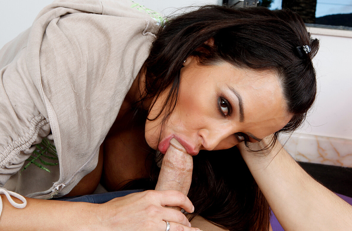 Watch Lisa Ann and Mikey Butders video in Naughty Athletics
