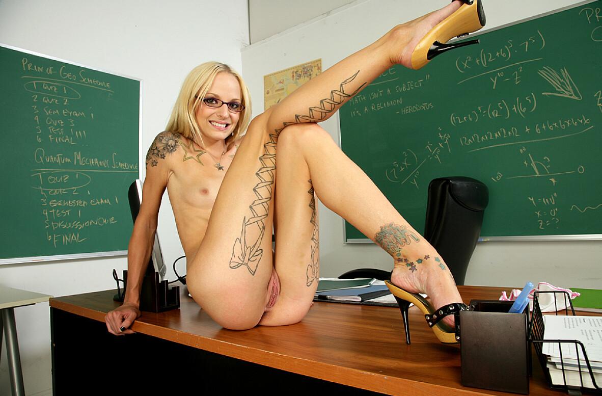 Faye Runaway Porn