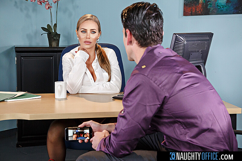 Fucking boss office porn