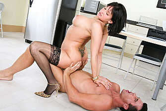 Tory Lane takes a huge cock in her ass - Blowjob