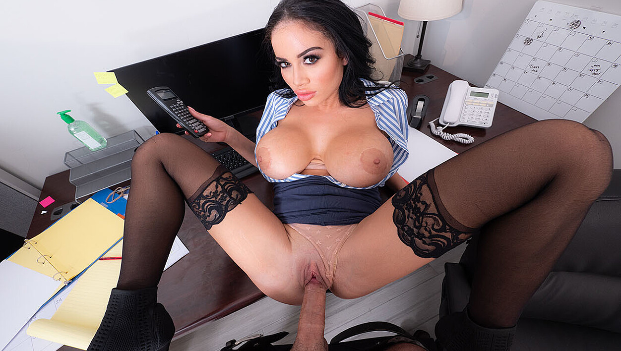 Victoria June trades in a blowjob for blowing off her job
