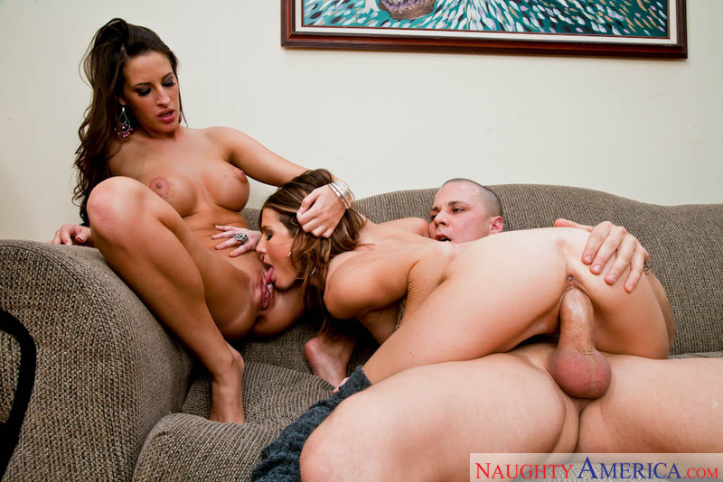 Naughty bottom kane lee plays with his thick pike solo 8