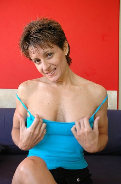 My friends hot mom cori gates kyle trent Cori Gates In Cori Gates Fucking In The Couch With Her Small Tits