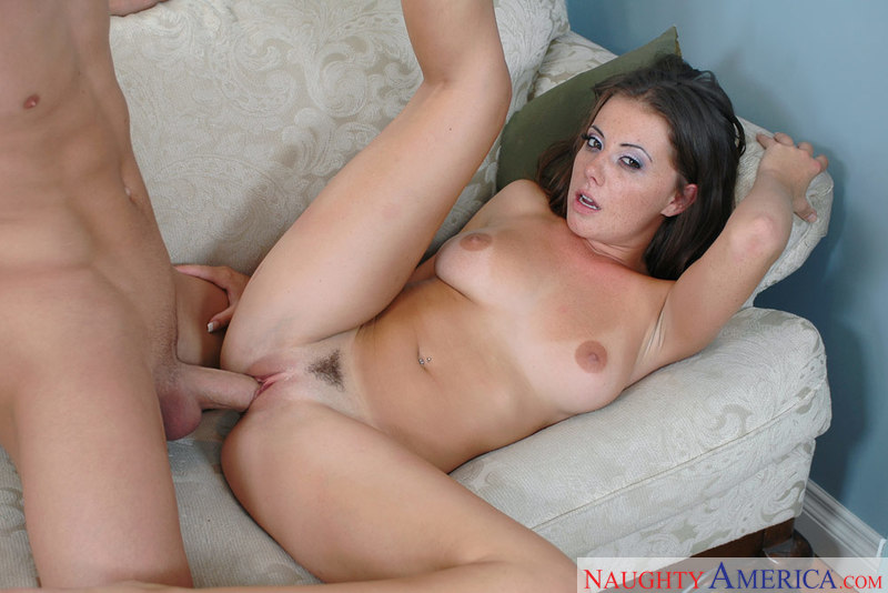 Brunette Penny Flame fucking in the couch with her tattoos - Blowjob