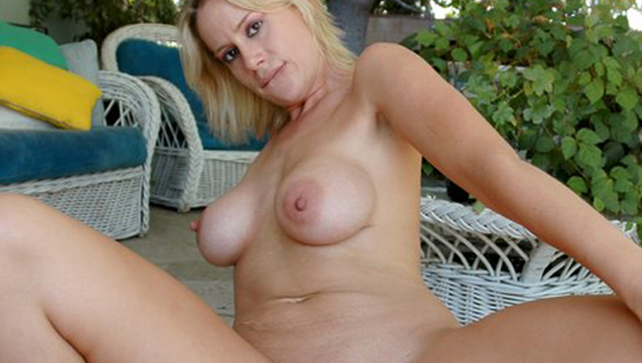 Worthy sex outdoors