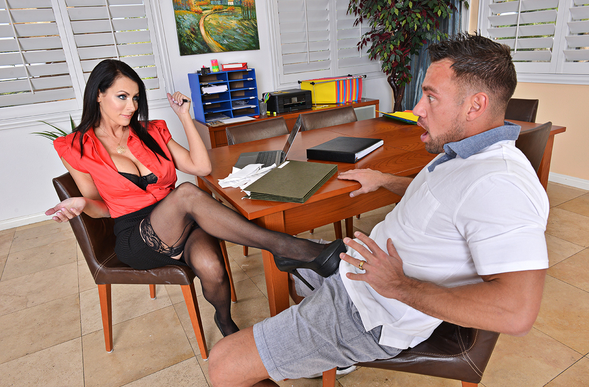Watch Reagan Foxx and Johnny Castle 4K video in I Have a Wife
