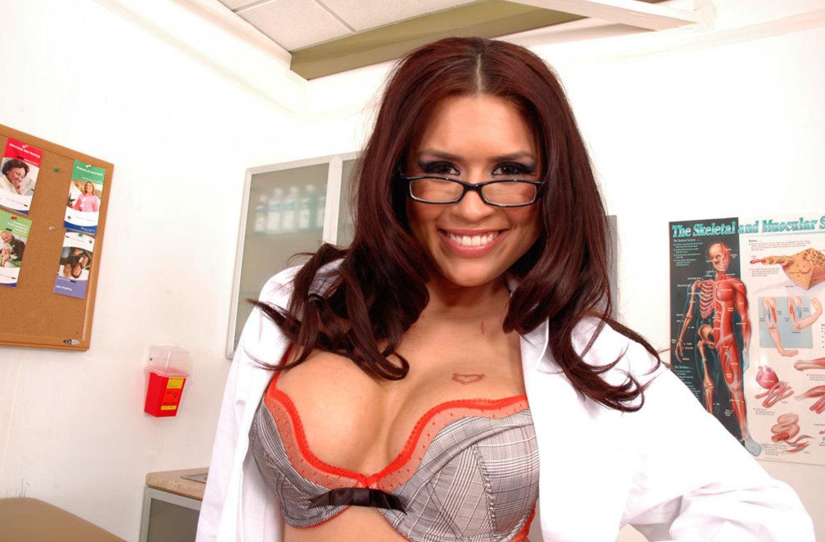 Pornstar Eva Angelina Videos - Naughty America Xxx In Hd -4066